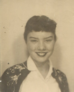 (via PHOTOBOOTH PHOTO! SWEET ASIAN GIRL 50'S AMERICANA | eBay)