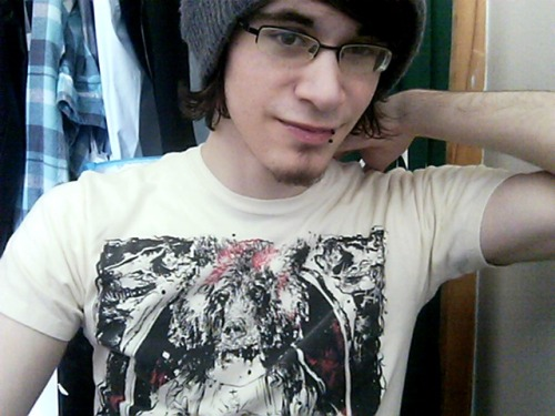 amiserablelittlepileofsecrets:  This is probably my favorite band tee. Jesus Bear died for Circa Survive's (nonexistant) musical sins.  How cool is this, found this little gem on the internets! This is a shirt I did with Circa ages ago. Hope you don't mind the reblog dude!