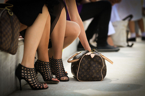 LV plus cage shoesss <3