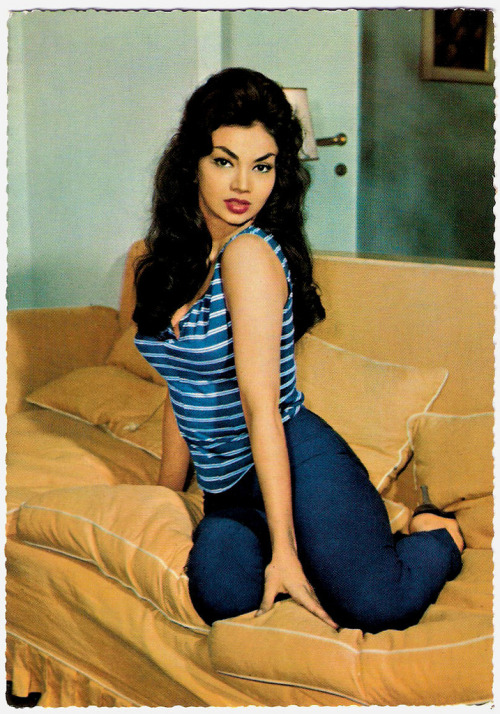 "missmossblog:  ""Former Cuban actress, dancer and sex-symbol Chelo Alonso (1933) was a star in the Italian cinema of the late 1950's and early 1960's. In several sword and sandal epics she played femme fatales with fiery tempers and she did sensual dance scenes, mixing Afro-Cuban rhythms with 'bump and grind'. "" Chelo Alonso (by Truus, Bob & Jan too!)"