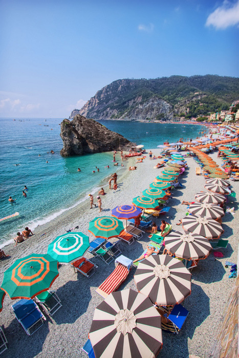 souls-of-my-shoes:  Montorosso Beach, Cinque Terre, Italy