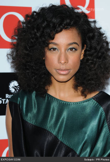 luvelydaydreams:  Dear Corrine Bailey Rae, I am in love with you, (and your hair). That's all!