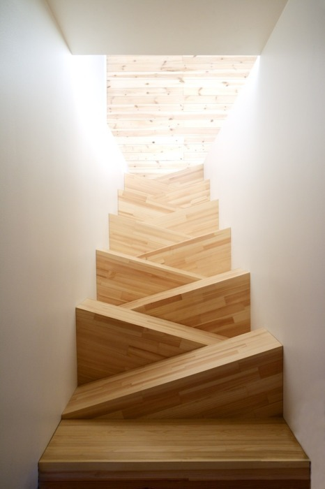 fuqa:  i wish i had stairs like these
