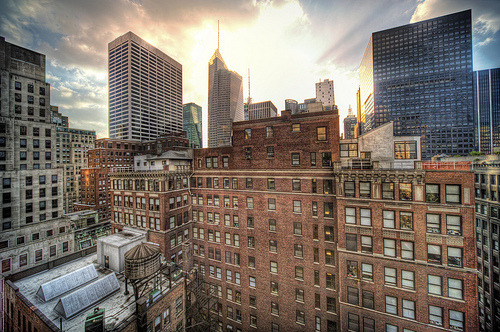 theworldwelivein:  Midtown Glory (by Tony Shi.)    Good morning, New York.