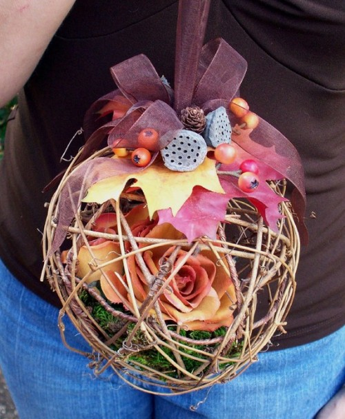Rustic Fall Wedding Pomander/ Kissing Ball/ Basket Alternative AprilHilerDesigns http://www.etsy.com/people/AprilHilerDesigns