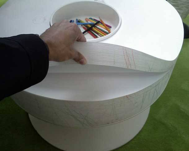 teachingliteracy:  notebook table. world-shaker  we need one of these for our house.