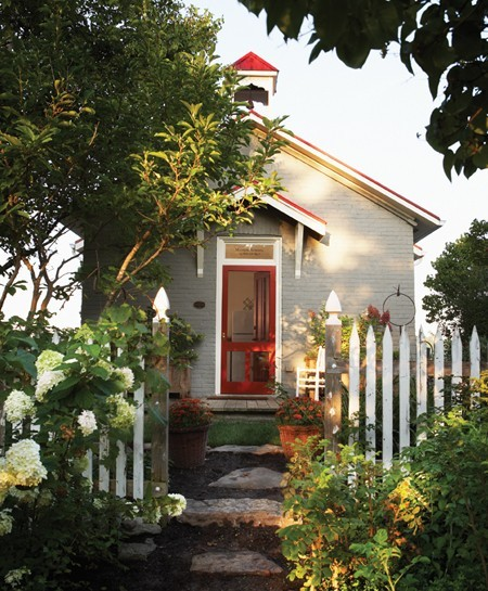 crumpledenvelope:  (via Photo Gallery: Storybook Cottages | House & Home)