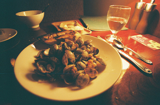 Analog Food: Clams at Dahlia Lounge, Seattle.