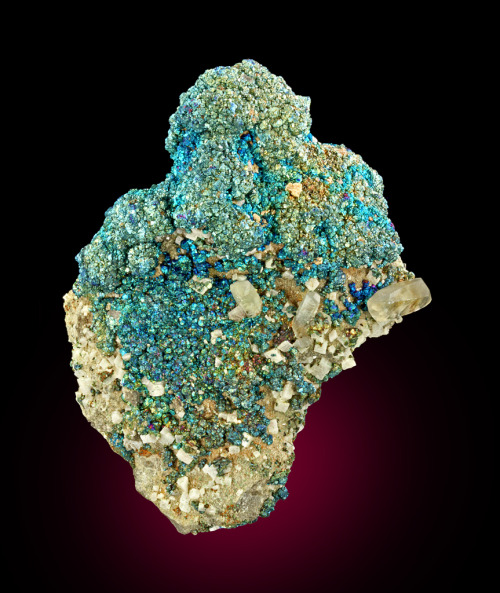 Chalcopyrite with Calcite and Dolomite from Missouri