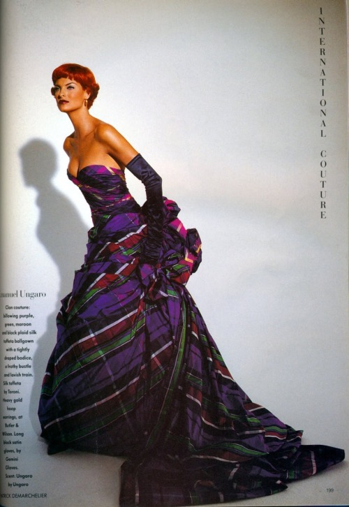 """Send in the Gowns"" Vogue UK, October 1991 photographer: Patrick Demarchelier Linda Evangelista Emanuel Ungaro ru_glamour: Send in the Gowns by Patrick Demarchelier"
