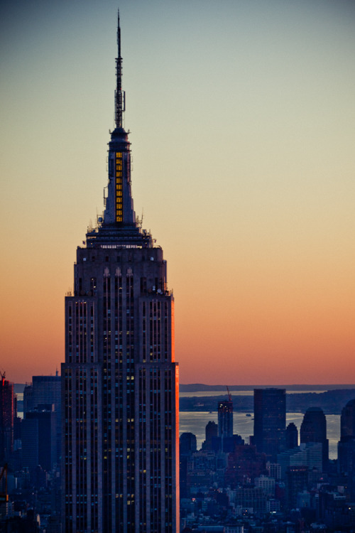 Happy birthday Empire State !! 1931/05/01 - 2011/05/01