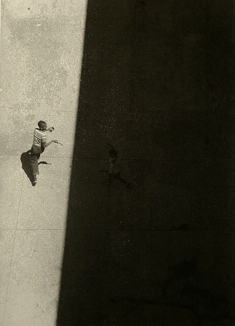 Roy DeCarava Sun and Shade, 1952 See BW version