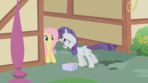 noonebutrainbowdash:  Celebrating 100 posts by not posting Rainbow Dash? This screenshot is amazing. Rarity and her intense whispering. Makin' Fluttershy all uncomfortable.