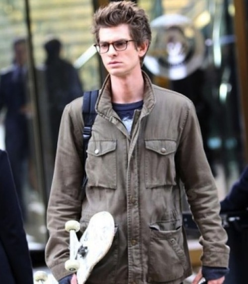 First look: Andrew Garfield and His Skateboard on the Set of The Amazing Spider-Man | Movieline