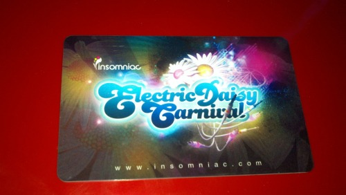 Got my EDC 3 Day Admission Card! It's soo Sexayyy! I bet y'all JELLYz :D Tiësto here i come.