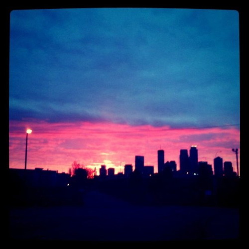 artsorbit:  Sunset over Minneapolis, as seen from Cedar & I-94  <3