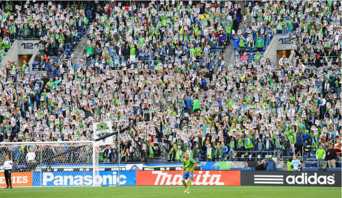 "fyeahsoundersfc:  ""My friends @EriqCharitonov @stevonselects @Davidnmyers took my mum 2 the game. She could only stand 4 a few secs before the tears took over."" - Steve Zakuani Photo Credit : Rick Morrison"