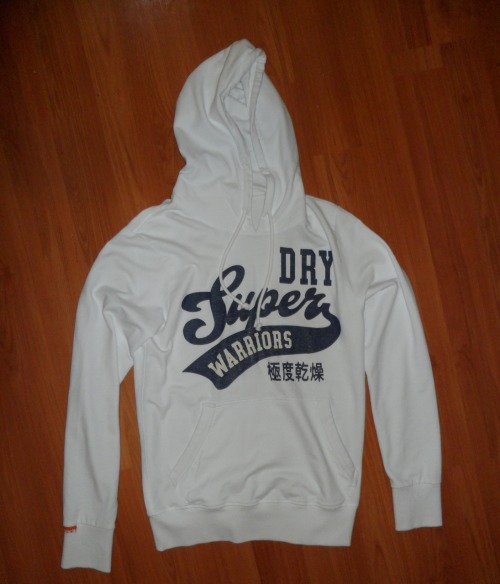 SUPERDRY HOODIE TOPSize: SColour: WhiteCondition: Brand New without tagsRRP: $110Selling for: $70 SOLD