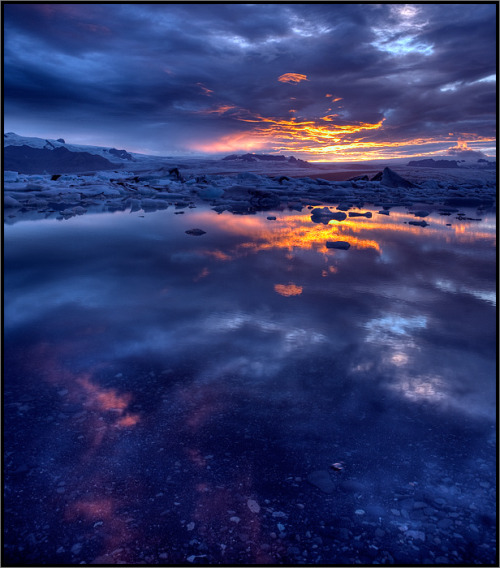 Superb colors at the Jökulsárlón glacier lagoon in Iceland.