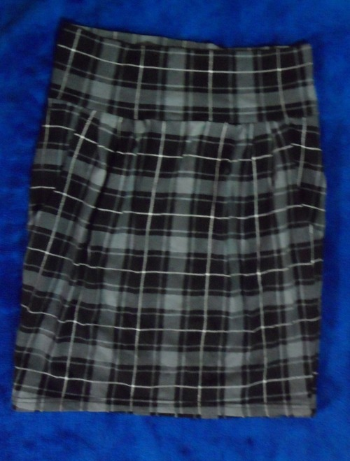 SUPRE HIGHWAISTED CHECKERED SKIRTSize: SCondition: Never worn, Brand newSelling for: $10  SOLD
