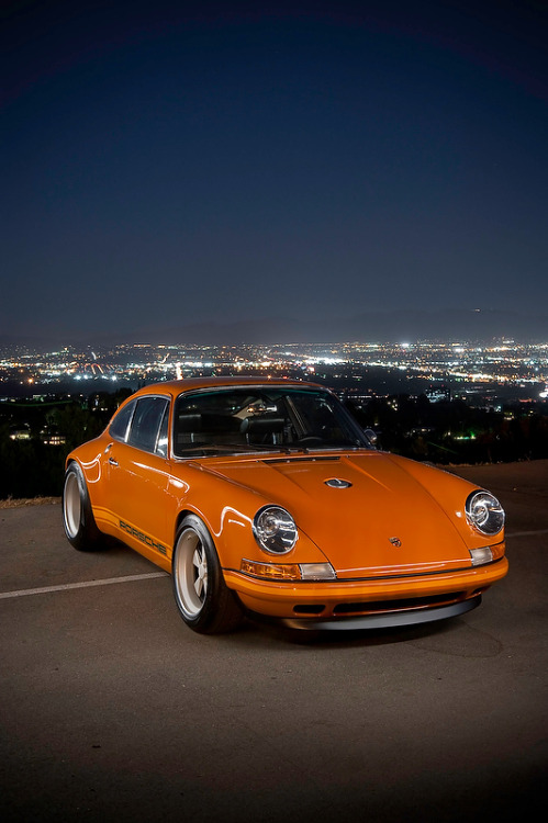 borokaw:  Car grail, a 911 restored by Singer. I honestly think I prefer this over a RWB.