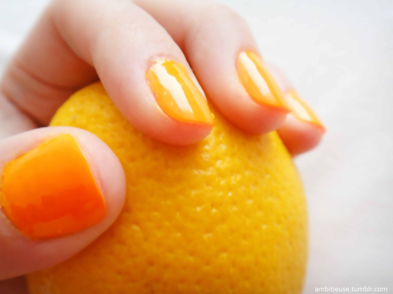 My neon nails!!!! {that don't look neon here :/}  Follow my blog with bloglovin