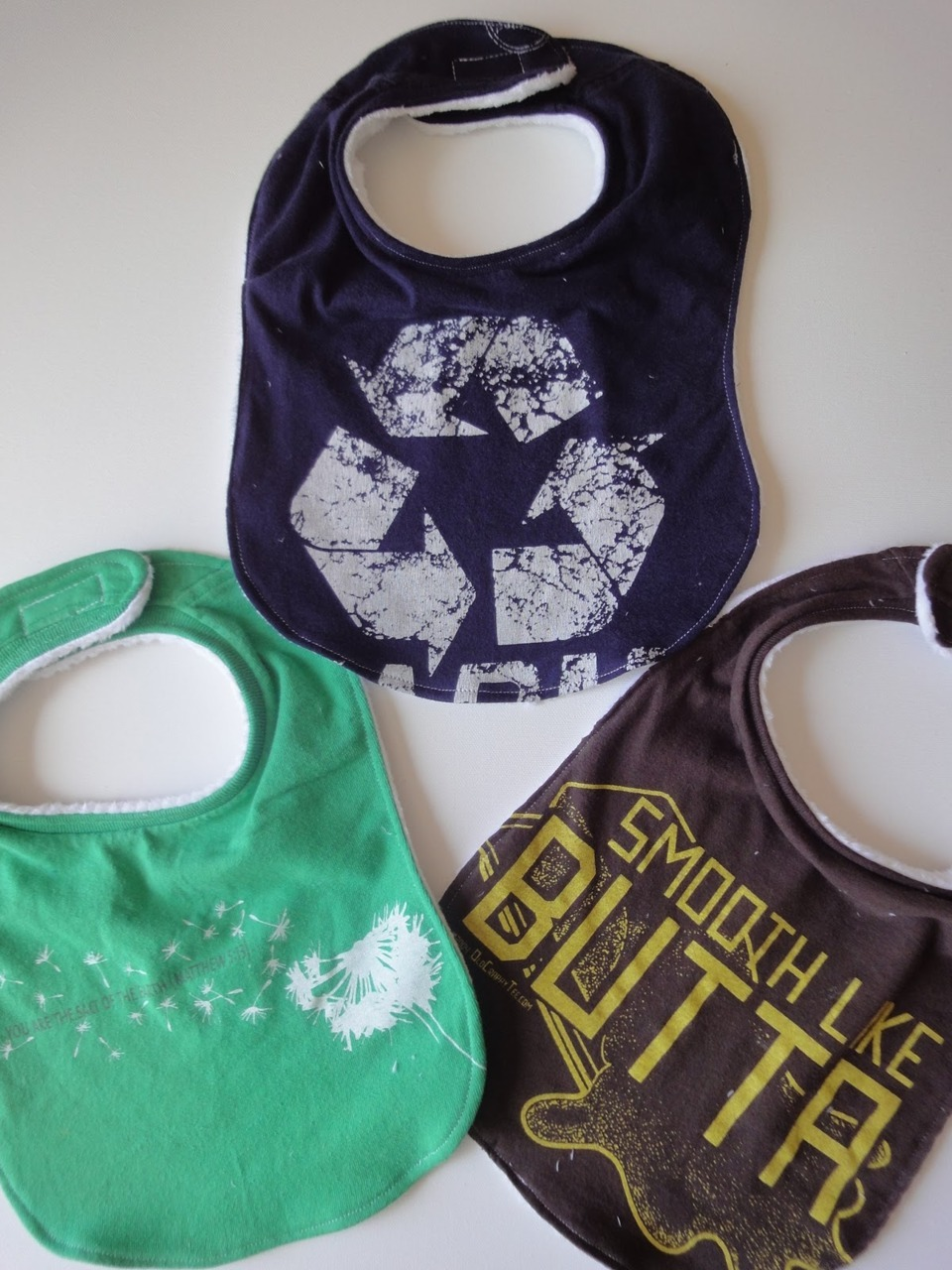 How-to T-shirt Baby Bibs via A Little Tipsy
