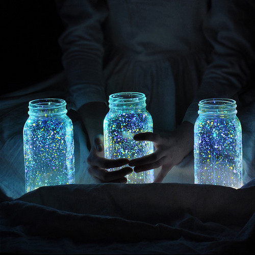 wumbawoman:  glow in the dark paint splattered inside mason jars is Stars in Jars