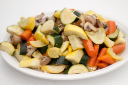 yum! thedomesticman:  grilled vegetable medley