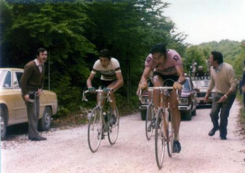 Eddy Merckx leads Felice Gimondi in the 1974 Giro d'Italia Photo: © Fotoreporter Sirotti  (From CyclingNews Photo Gallery - Giro d'Italia: The Merckx Years)