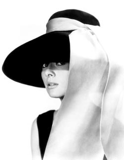 One of the most gorgeous women in the world.. Happy Birthday Audrey Hepburn! :) epitome of elegance and definitely a fashion icon. ;-)