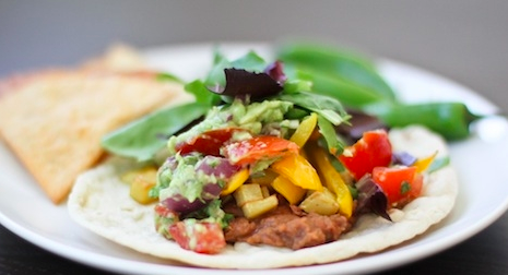 Happy Cinco de Mayo! Make me these fajitas for me immediately. That's how we celebrate Cinco de Mayo around my apartment: you make me fajitas and I eat them. That's about it. We're old. HAPPY CINCO DE MAYO Y'ALL!