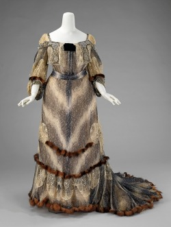 omgthatdress:  Evening dress ca. 1895-1900 via The Costume Institute of the Metropolitan Museum of Art