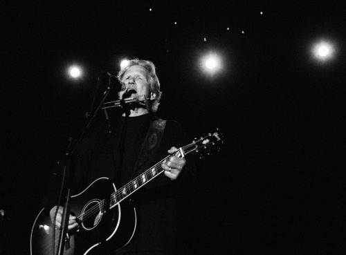 Kris Kristofferson performs at Stagecoach Music Fesitval 2011.
