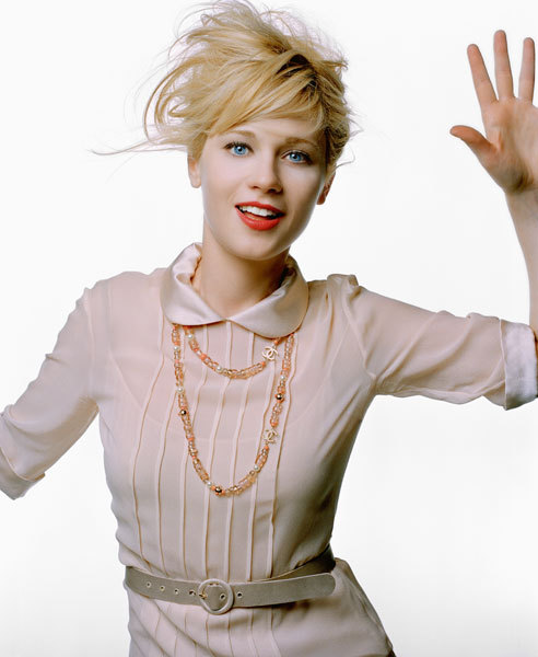 suicideblonde:  Zooey Deschanel as a blonde in 2003