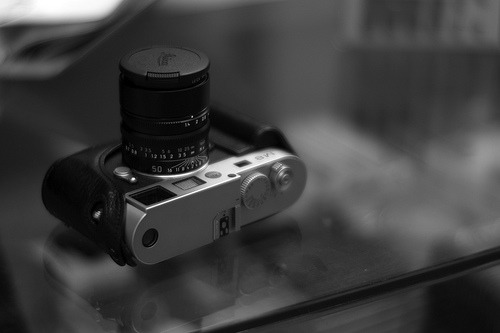 I can reiterate again and again that Noctilux is a dream lens. ilovemyleica:  Leica Noctilux-M 50mm f/1.0 @ f/1.0 (by benny ng)