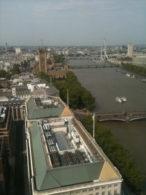 Venue for #Laithwaites tasting today was impressive: Altitude360 at Millbank Tower. A few decent wines too (but will have to tweet about those later)…