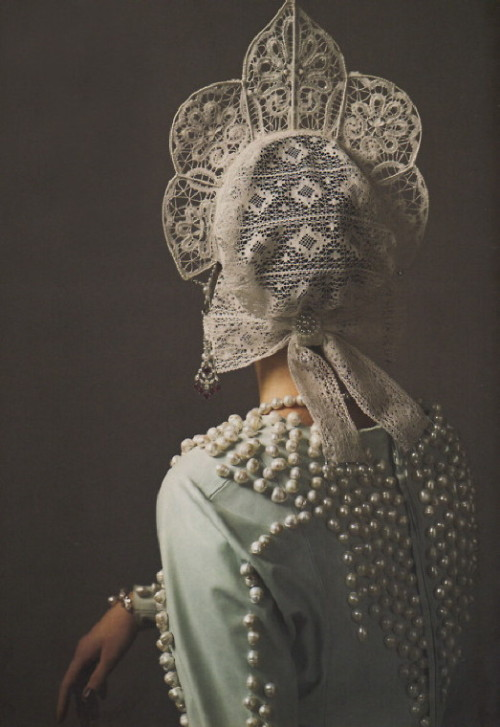 heartbeatoz:  (via Chateau Thombeau: Lace and Pearls)