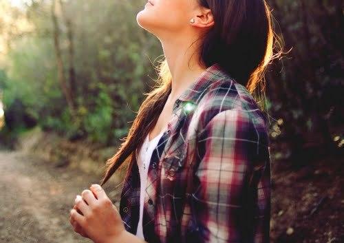 O caminho certo pode ser estreito e ter obstáculos que fará você desistir.  Mas seja forte, não desista, o resultado dessa caminhada será a vida eterna.