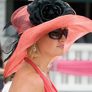 Happy Kentucky Derby Weekend! In honor of the Derby, this week's CheBelleCose Cocktail is named after my favorite part of the races- the hats! So sit back, relax and while you watch the races, enjoy a Floppy Hat! - 2 ounces of Firefly Sweet Tea vodka - 1 ounce of lemon juice - 4-6 muddled raspberries, - splash of sparkling wine Muddle rasberries in the bottom of a chilled champagne flute. Add 1 oz lemon juice and 2 oz of sweet tea vodka. Stir. Top with sparkling wine. Enjoy!