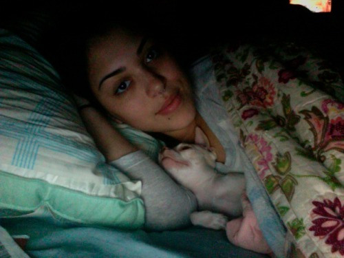 me & my litto dude all cuddle up ^_^