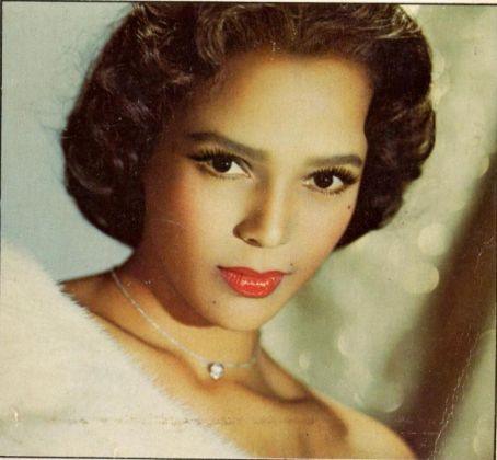 Dorothy Dandridge. Look no further for classic beauty inspiration.