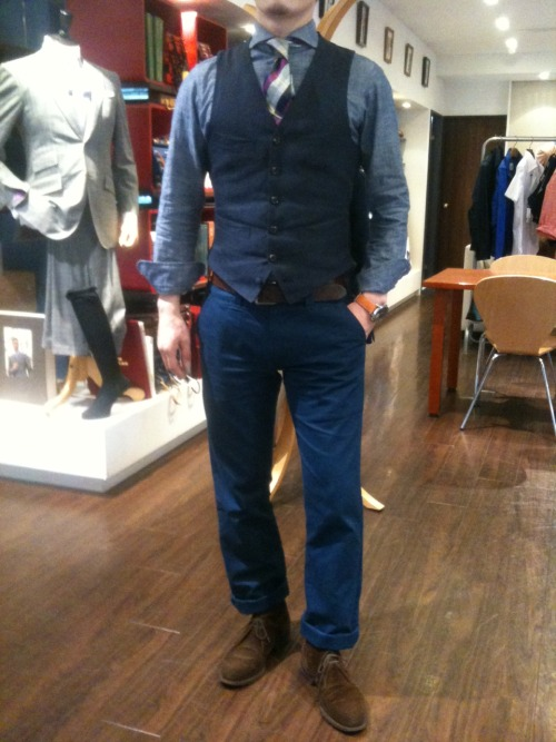 "letitselfgo:  Today's Style … ""Navy Gradation"" , Cotton Twill Pants / Irish Linen Vest / Organic Cotton Shirt / Linen Tie … ALL MADE-TO-MEASURE ITEMS except Linen Tie"