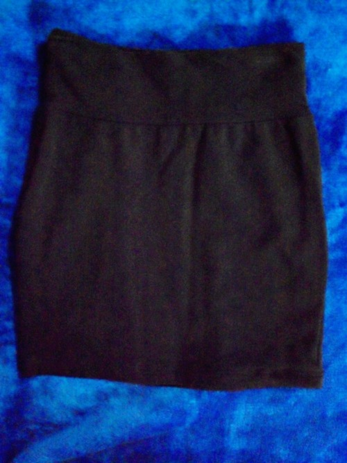 SUPRE HIGHWAISTED SKIRTSize: S Colour: Black Condition: Brand new, never worn Selling for: $10 *photo was brightened, skirt is actually pure black SOLD