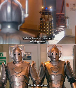 sassygaydoctorwho:  typewriterinthetardis:                Everything is perfect.