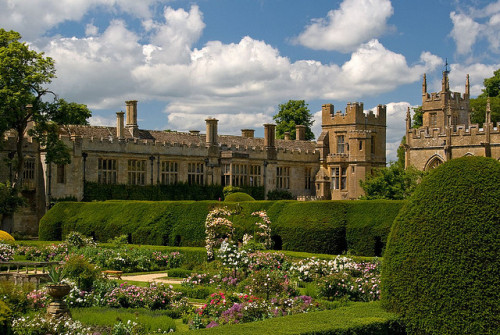 Sudeley Castle by flash of light
