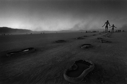 Cristina Garcia Rodero, Black rock city, Burning Man Festival, 2005