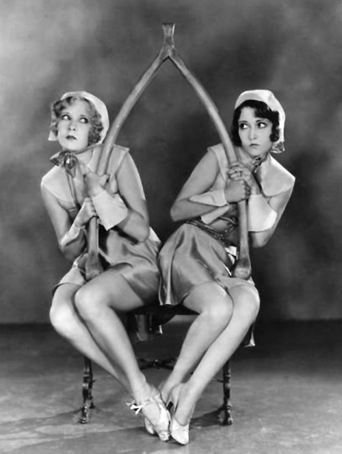 hollyhocksandtulips:  Gwen Lee and Dorothy Sebastian