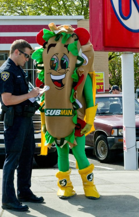 thedailywhat:  Eminently Captionable Photo of the Day: Subman doesn't appear to be taking his predicament very seriously at all. [reddit.]