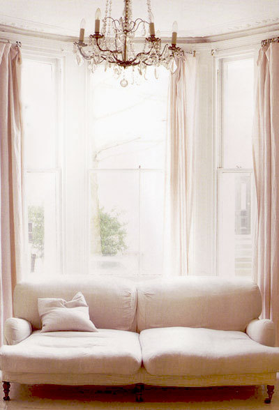~ simple and beautiful inspired-design:  (via {this is glamorous})